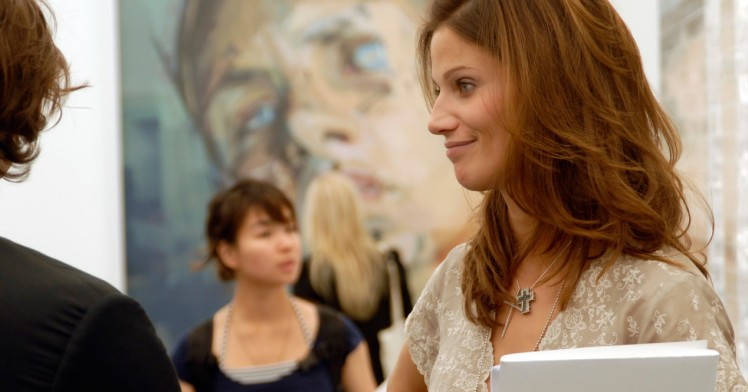 8 Tips to shape your first art world CV